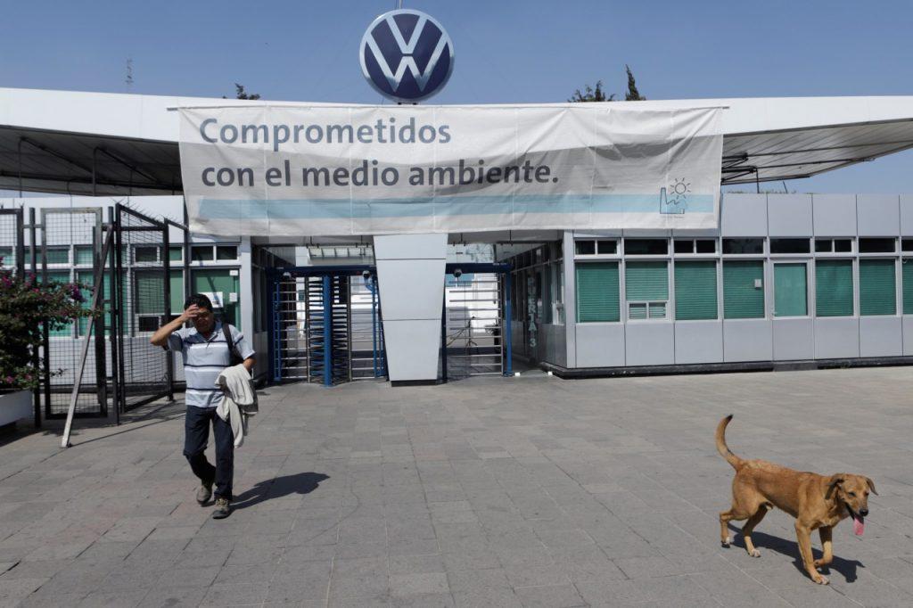 Un amparo, el recurso de VW y Audi para invalidar el decreto de Miguel Barbosa