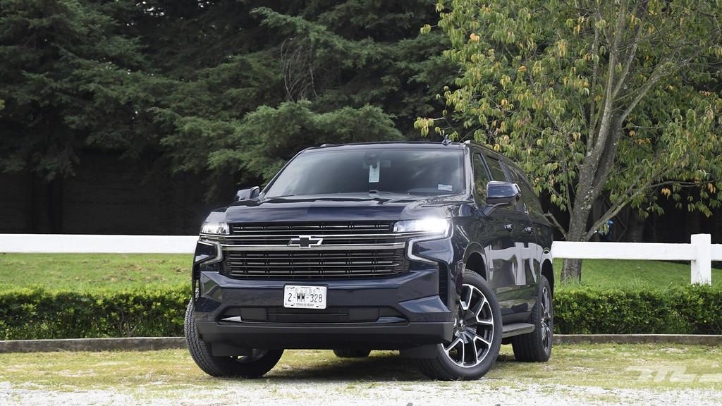 Chevrolet Suburban 2021, al volante de un SUV versátil y lujoso a partes iguales