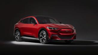 Ford Mustang Mach-E 2020: el SUV eléctrico que se atreve con Tesla