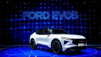 Nuevo Ford Evos: el sucesor del Mondeo sería un crossover cargado de tecnología